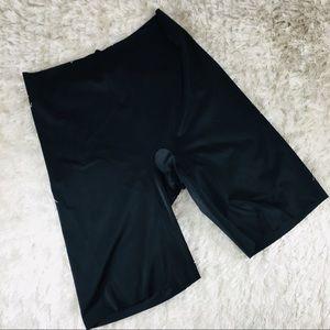 Wacoal High Waist Sz XXL Shapewear Briefs Legged
